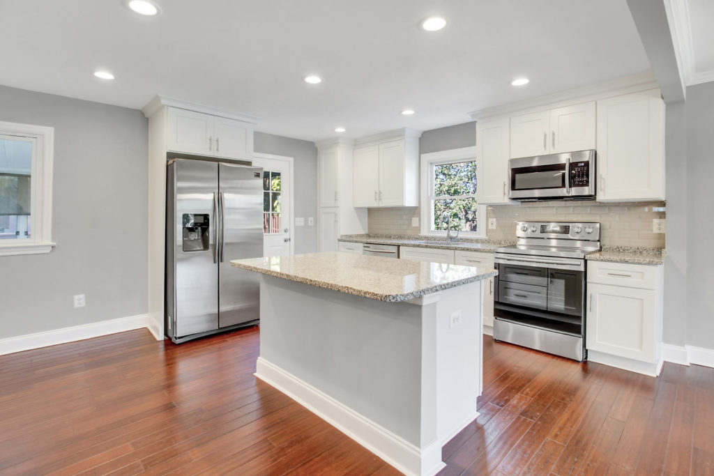 6704 Quander Rd-7-SMALL
